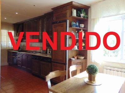 Chalet pareado en venta en Chinch�n